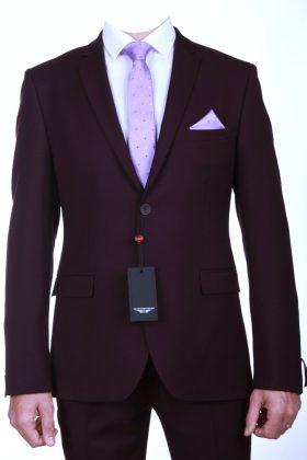 Костюм-двойка бордового цвета с эластаном Бордо.
